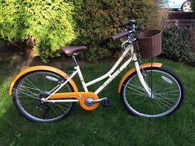 Girls Dawes Lil Duchess Bike 24inch wheel 14inch frame