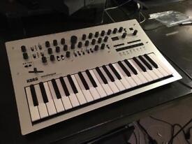 Korg minilogue polyphonic synthesiser