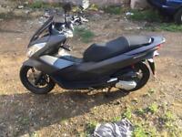 Honda pcx 125 not sh n max Forza