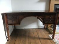 LOVELY DARK WOOD ANTIQUE STYLE DESK - SOLID WOOD