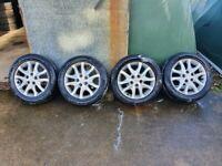 Hyundai i30 alloy wheels and tyres £150