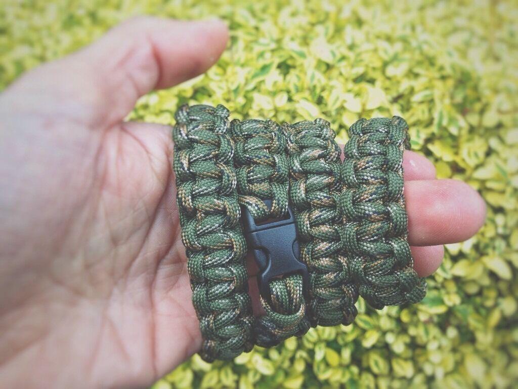 Handmade Camo Paracord Bracelet Image 1 Of 2