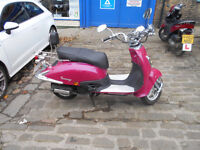 2011 Lexmoto Tommy 125cc Scooter In Pink