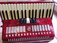 Piano Accordion, Hohnica, 48 bass, 34 treble, 5 voices.