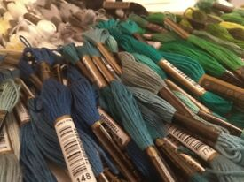 280 Embroidery Threads Super Assortment - Anchor Brand + FREE Embroidery hoop and needle