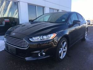 2015 Ford Fusion SE with NAVIGATION $140.15 b/weekly.