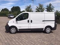 2004 RENAULT TRAFIC.BRILLIANT DRIVE.AIR BAG DRIVER. RADIO CD. ROOF RACK AVAILABLE.NO VAT.