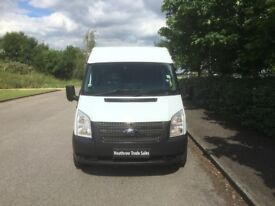 FORD TRANSIT 2.2 TDCI 350 L MEDIUM ROOF RWD 9 SEATS (white) 2013