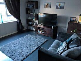 2 bedroom maisonette. Looking for 3 bedroom