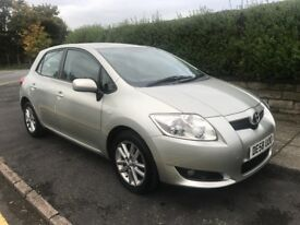 TOYOTA AURIS 1.3 LOVELY CAR 12 MONTHS MOT DRIVES WITHOUT FAULT GENUINE RELIABLE CAR CHEAP TO INSURE