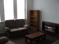 2 bedroom 1st floor flat fully furnished
