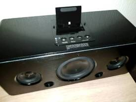 IwantIt sound system with apple dock