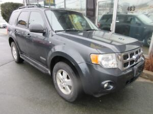 2008 Ford Escape XLT 4WD WITH ALLOYS & ROOF RACKS