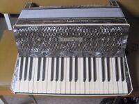 Hohner Verdi III accordion