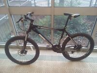 Diamond Back Outland 7005 Hardtail Mountain bike
