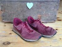 Men's Nike burgundy trainers size 11
