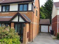 3 Bedroom Semi Detached house in a Cul De Sac L25 5HN . £750 pm
