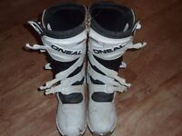ONEAL MX boots size 10 good condition lightly used.