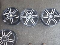 A set of alloy weels 15inch multifit in used condition