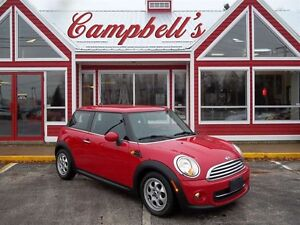 2012 MINI Cooper CLASSIC!! YES AUTOMATIC!! YES AIR!! HEATED LEAT