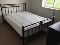 STANDARD SIZE DOUBLE BED FRAME IN CONTEMPORARY STYLE BLACK STEEL WITH A FREE MATTRESS.