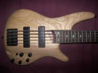 Ibanez SR605-NTF , 5-String Active Bass Guitar. / Natural Flat