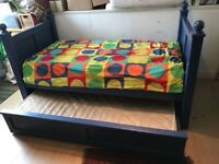 Single Bed with pull out roller bed