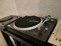 Gemini direct drive turntable in fully working order