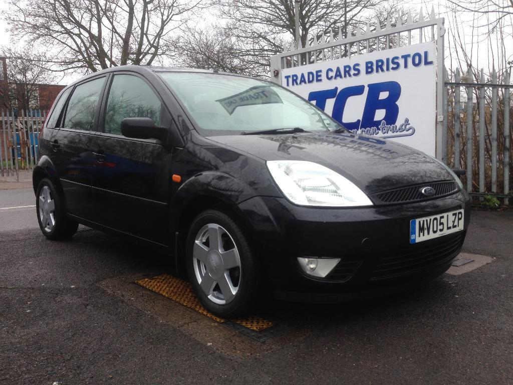 ford fiesta 1 4 flame 5dr black 2005 in bristol gumtree. Black Bedroom Furniture Sets. Home Design Ideas