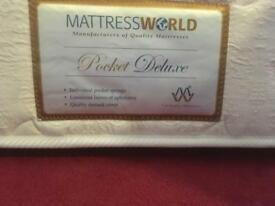 Pocket sprung mattress for a single bed