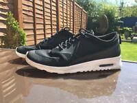 Nike Air Max Thea Black size 8