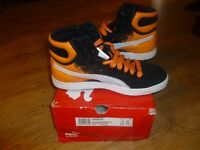 uk size 9 puma first round mid overspray trainers