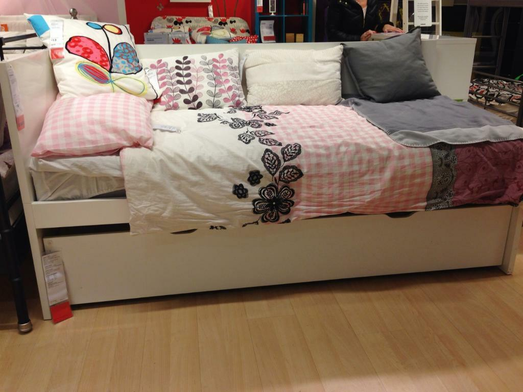 Vitrine Ikea Detolf Occasion ~ Flaxa Bed Frame With Storage Ikea The 2 Large Drawers Give You An