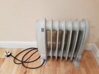 Mini Portable Oil Filled Radiator Heater with Thermostat - 800W