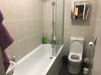 A double room in Pimlico, Dolphin Square, looking for a tenant. Central location, 24hr tube and bus