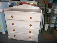 Set of painted draws - 4 draws, useful for storage and baby changing