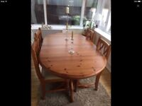Ex Condition Table And Chairs