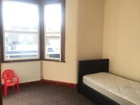 2 Bedroom 1st Floor Flat In ILOFRD IG1 2LW ===PART DSS WELCOME===