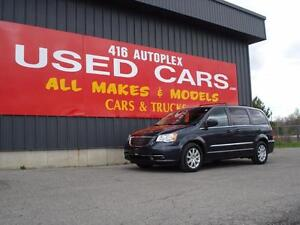 2013 Chrysler Town & Country Touring Loaded Quads