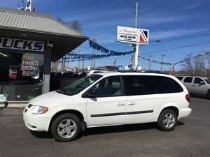 2007 Dodge Grand Caravan STOW AND GO !! WE FINANCE !!