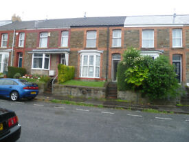 4 Bedroom student house in Windsor Street to let SA2 0LN