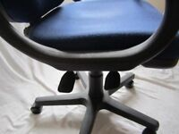 Blue swivel chair with 5 castors in fantastic condition – ideal for study or home office.