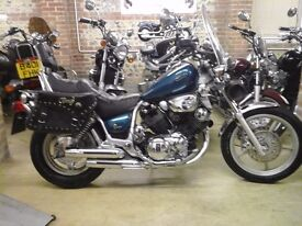 SUPERB CLASSIC 1991 YAMAHA XV1100 VIRAGO LOW MILEAGE AND EXTRAS