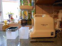 Slow Masticating Juicer Fruit Vegetable Cold Press Juice Extractor oscar DA 502