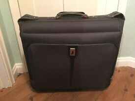 London Fog wheeled black garment bag £15 OBO