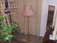 Vintage Oynx Standard Lamp