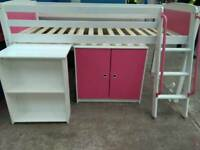 Children's bed set