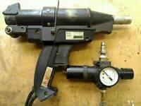 Air powered hotmelt glue gun