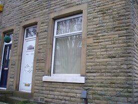 2 Bed Terraced House to Let Crosland Moor Huddersfield
