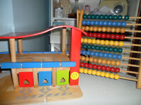 QUALITY WOODEN TOY CAR Rescue GARAGE AND ABABCUS